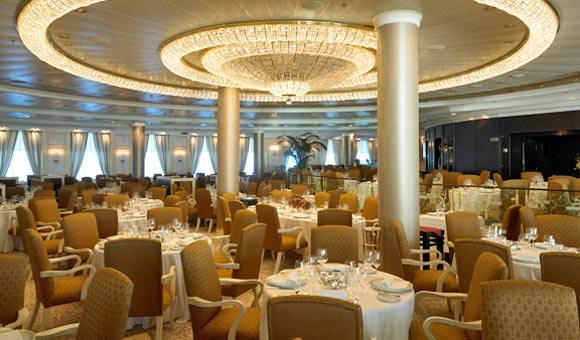 Elegant features in the Grand Dining Room